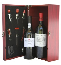 2007 Vintage Port and Wine Gift, 2007